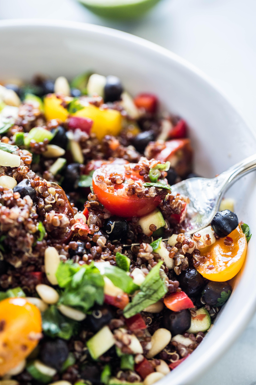 quinoa salad with black chickpeas